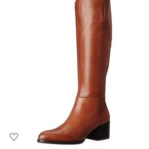 New in box Sam Edelman leather boots 8